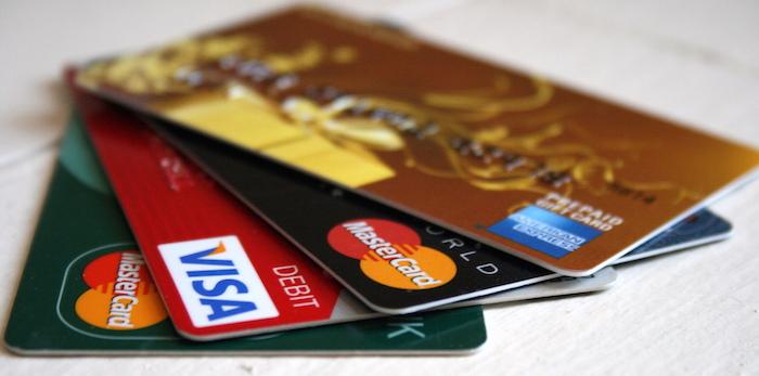 海外旅行にはクレジットカードが必須です。海外旅行傷害保険が自動付帯のおすすめクレジットカード-03